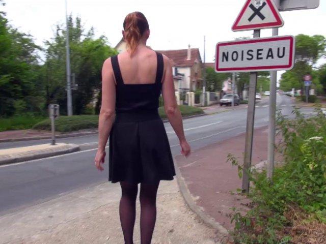 Mature Française baisée en pleine rue
